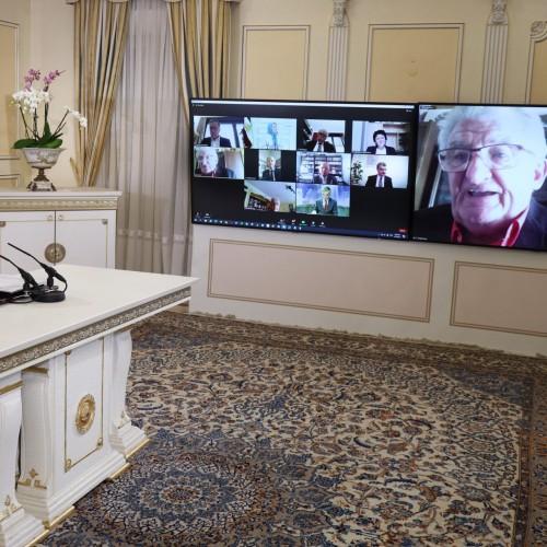 سخنرانی سناتور افتخاری آلن نری، معاون رییس سابق کمیته پارلمانی برای ایران دمکراتیک در کنفرانس اینترنتی با حضور نمایندگان و سناتورهای فرانسه